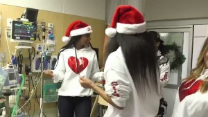 Singing #JingleBells for Princess Erin with @KellyRowland @SeattleChildren @WhyNotYouFDN https://t.co/6b1sr9Vnu8