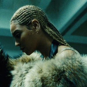 "Playlist -  Beyoncé ""Hold Up"""