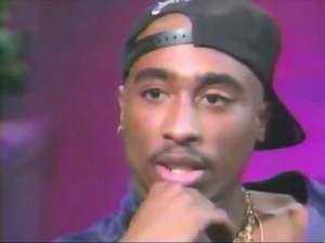 """Somebody has to break out and risk losing everything."" 2PAC being interviewed by Tanya Hart, 1992. #Tupac #2PAC https://t.co/kWPpq5peWx"