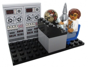 We need 10K votes for a Katherine Johnson & Women of @NASA @LEGO_Group set! https://t.co/Ss1nuR8l54 #HiddenFigures https://t.co/ef56q7qFwG