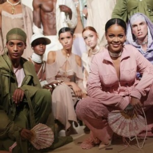 PaRIH x 2. Rihanna will show her AW17 collection with PUMA in paris on March 6.