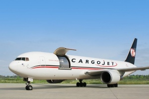 Supporting home grown businesses has always been a top priority of mine, so when an opportunity came up to get involved with Cargojet, a great Canadian company I was honored to do so. @CargoJetAirways @ajayvirmani1