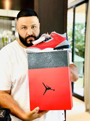 STILL IN THE MEETING !  @wethebestmusic @jumpman23 https://t.co/QEHQ86DiiO