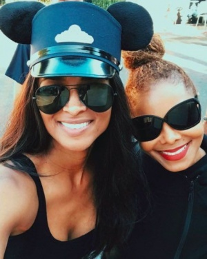 #HBD @JanetJackson.  Love you much ❤️ https://t.co/rIsYcnLkO0