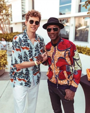 Doubling up #FashionFriday with @LFrequencies https://t.co/BRoi8EpTit