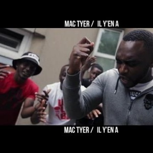 Hey les FaceMonster, lourd le nouveau street clip de Mac Tyer !!!  #Ilyena => https://youtu.be/zoj90MgmLKo